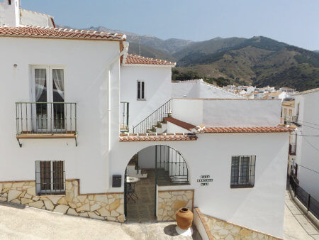 Photo of stylish townhouse Casa Montaña in Sedella